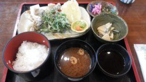 板取バーデェハウスの「イワナの天ぷら定食」