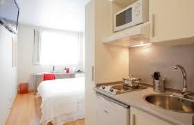 マドリードの宿・ヴェリティセー ルームズ(Vértice Roomspace)