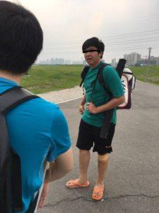 財布のない台湾人男性