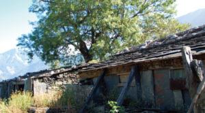 屏東排湾族の石板屋集落