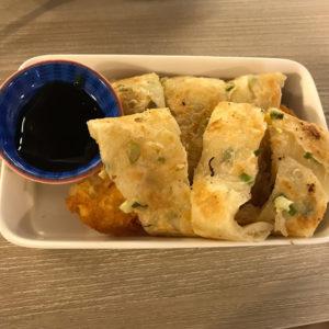 ハッシュドポテトの蛋餅(薯餅起司) 55元(約204円)