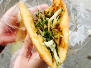郵局口葱油餅(野菜たっぷりのカリカリ葱油餅)