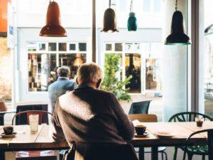 カフェでも自宅でも図書館でも。