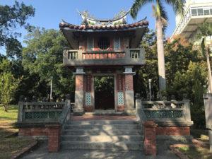 中華風の建築・正面写真