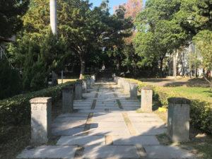 台中神社の表参道