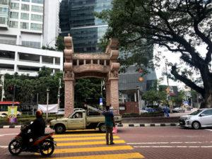 インド人街のモニュメント(門)