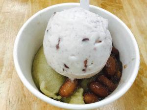 なぜかアイスクリームも有名