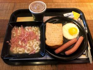 香港地元系チェーン店の朝食セット