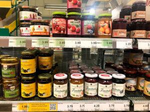 ドイツのスーパーのジャム