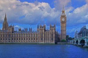 【ロンドンの物価】イギリスの交通費、食費、宿泊費の比較
