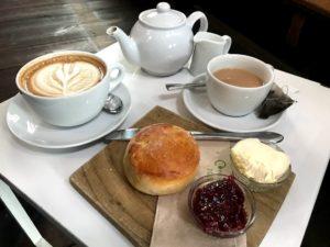 イギリス・ロンドンのスコーン③:Host Cafe