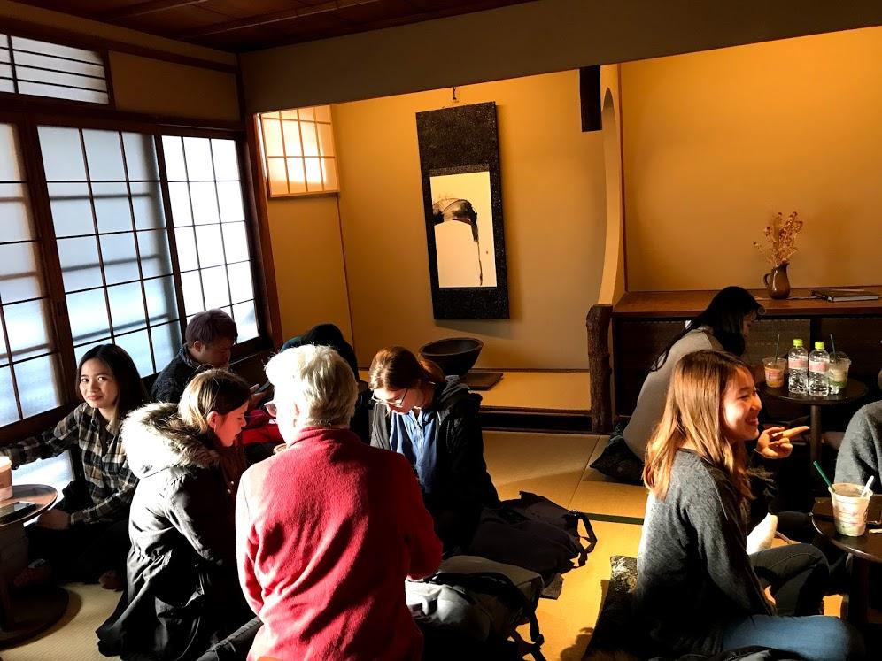 京都二年坂(二寧坂)のおしゃれスタバまとめ。混雑の待ち時間は?