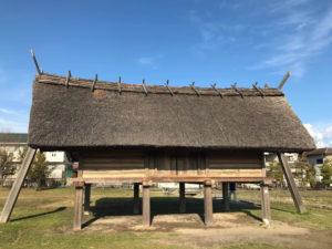 弥生時代の高床式祭殿