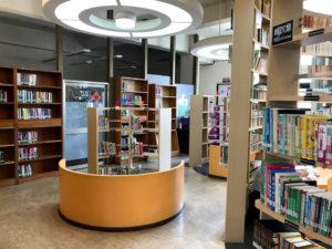台中市立図書館北屯分館の2階