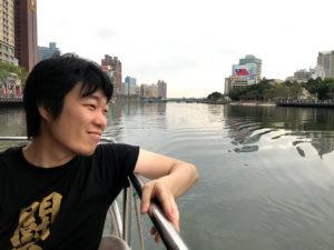 タイトル:「船と闘魂Tシャツと私」