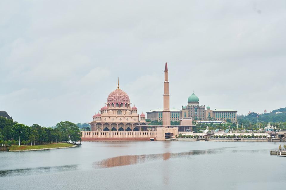 【マレーシアの宗教】各宗教の割合、タブー、寺院を徹底解説!