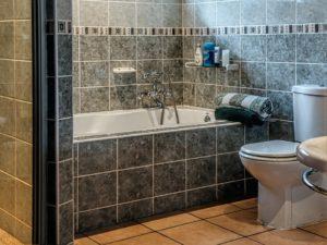 古い部屋や海外の部屋のシャワーは分かりづらい・・・
