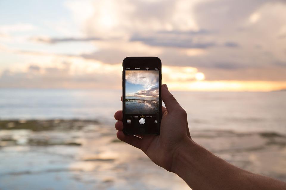 海外旅行で使える無料神アプリ21!オフライン対応で世界一周も便利