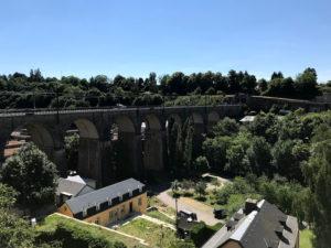 ルクセンブルクの渓谷の風景
