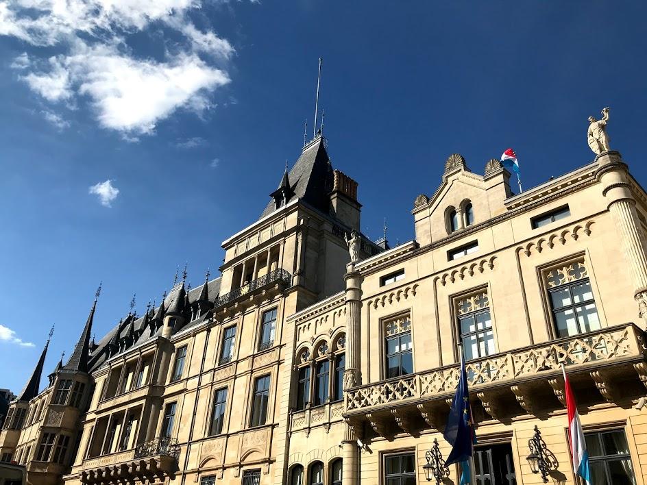 ルクセンブルク観光は日帰り可能?旅行日数はどのくらいが理想?