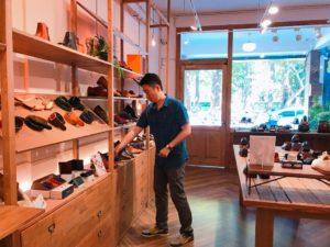 台湾の革靴店「oringo(林果良品)」の店内②