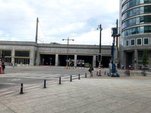 ブリュッセル北駅の治安が悪い赤丸のエリア①:風俗街(飾り窓)