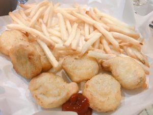 冷凍食品(チキンナゲット、ポテト)