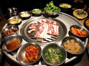 笨豬跳韓式燒肉(台北の韓国焼肉店)