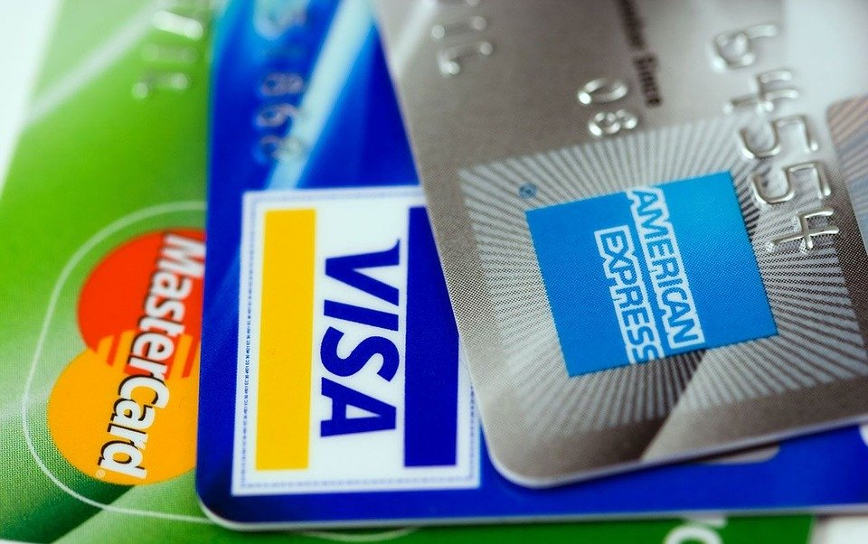 クレジットカードでノマド旅を賢く楽しむ。無料おすすめクレカ一覧。