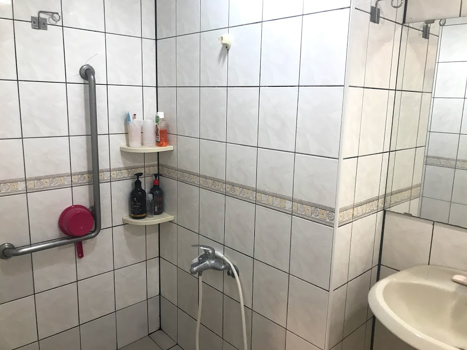 浴室は病室にある